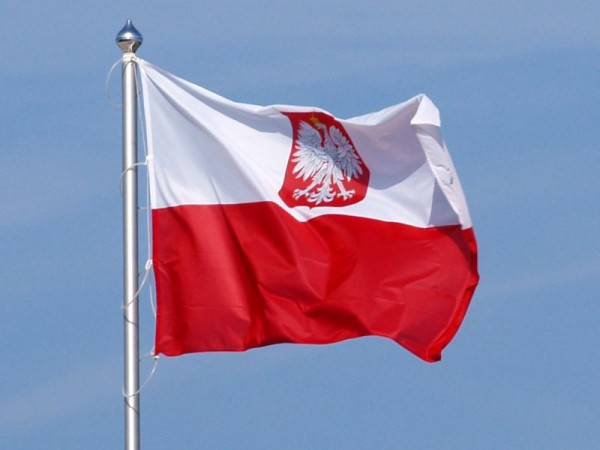 Polish_flag_with_coat_of_arms